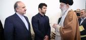 رهبر معظم انقلاب اسلامی در دیدار پهلوان سرافراز کشورمان علیرضا کریمی